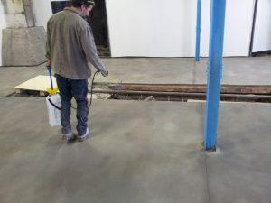 betontömörítő